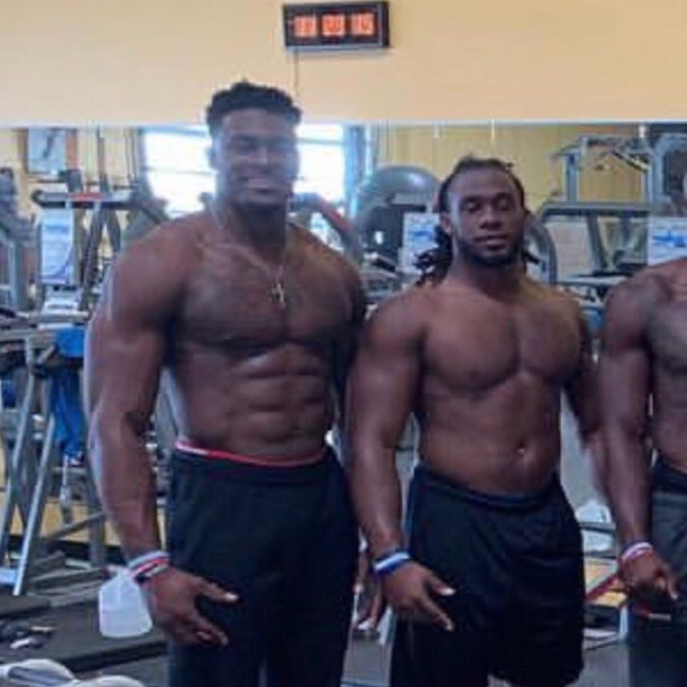 Wide Receiver Dk Metcalf Is Really F Ing Big Sbnation Com