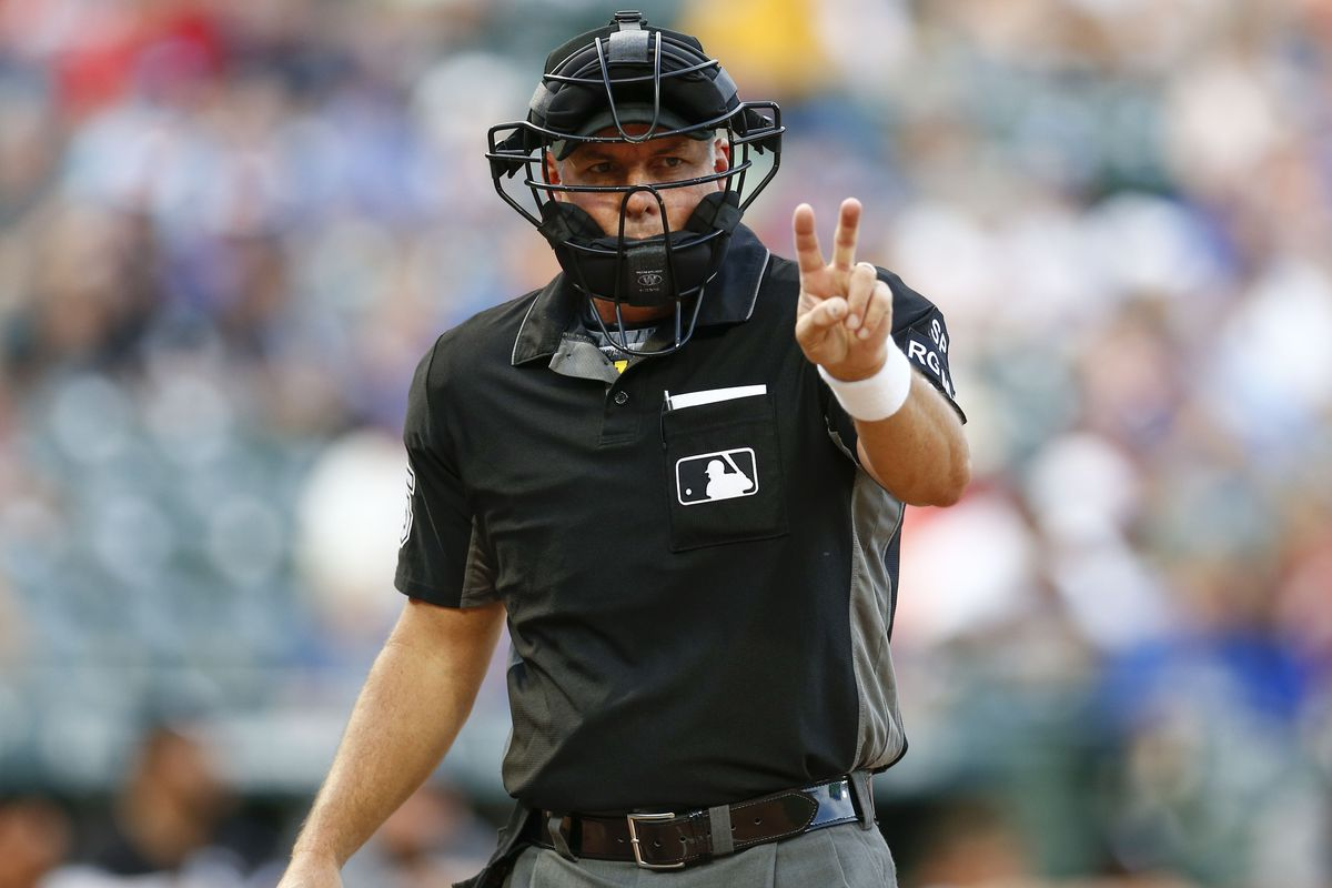 Major League Umpires Wear Wristbands To Protest Escalating Verbal Attacks From Players Sbnation Com