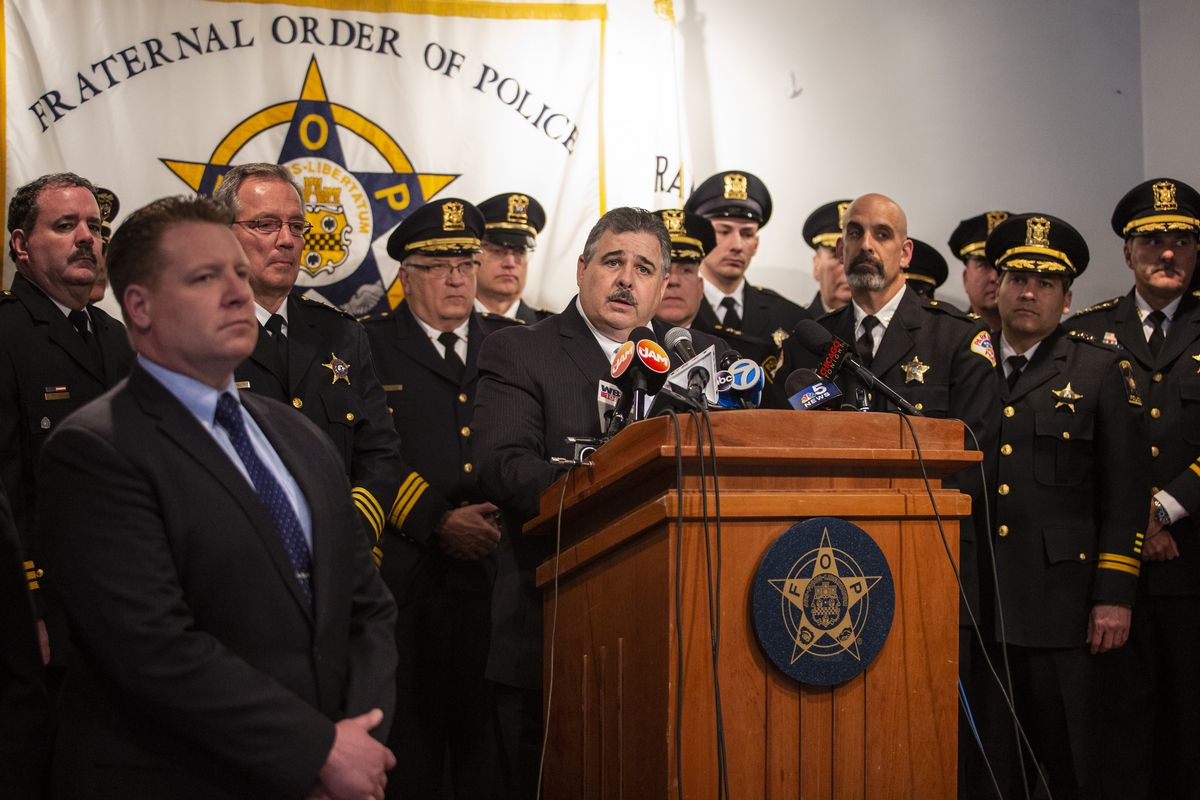 """Fraternal Order of Police Lodge 7 President Kevin Graham speaks during a press conference to announce a """"no confidence"""" vote in the leadership of Cook County State's Attorney Kim Foxx, Thursday afternoon, April 4, 2019. 