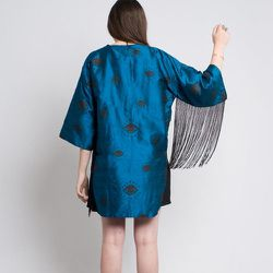 "<strong>Lykke Wullf</strong> Silk Seeing Eye Kimono, <a href=""http://belljarsf.com/Lykke-Wullf-Silk-Seeing-Eye-Kimono.html"">$138</a> at BellJar"