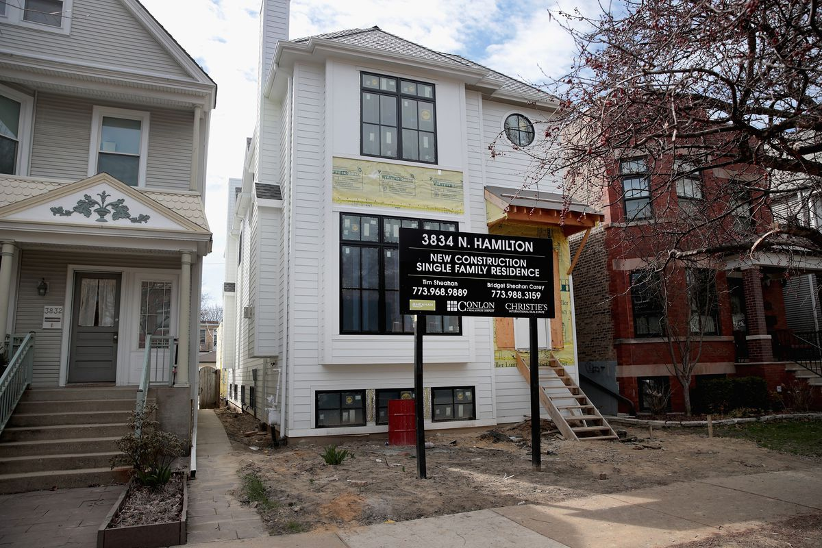 Houses for sale in Chicago.