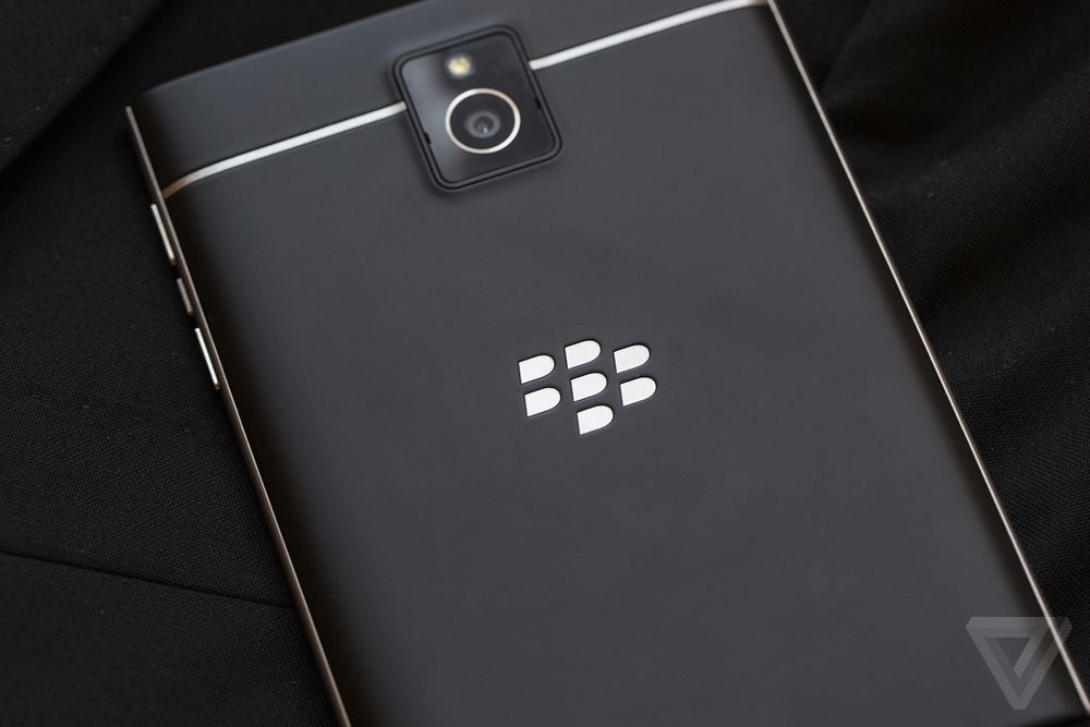 BlackBerry Passport review | The Verge