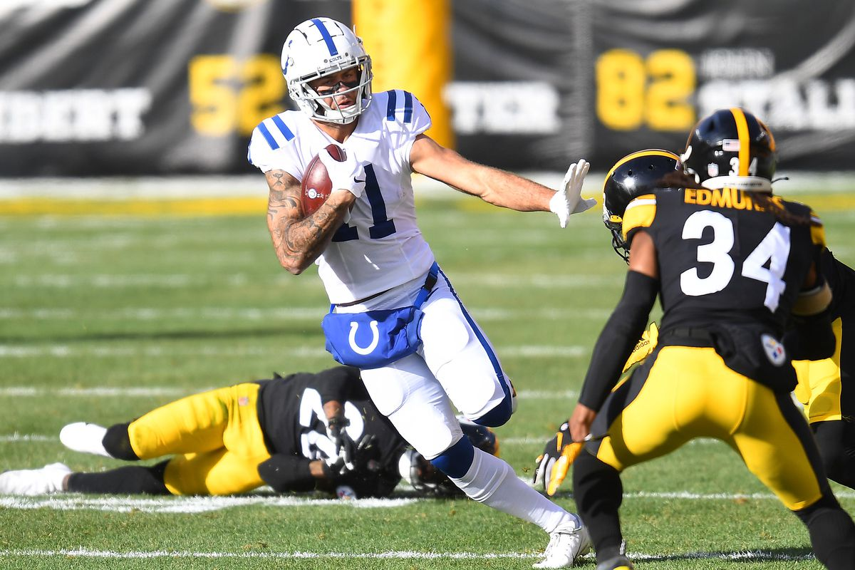 Wide receiver Michael Pittman Jr. #11 of the Indianapolis Colts runs with the ball after the catch against the Pittsburgh Steelers in the first quarter at Heinz Field on December 27, 2020 in Pittsburgh, Pennsylvania.