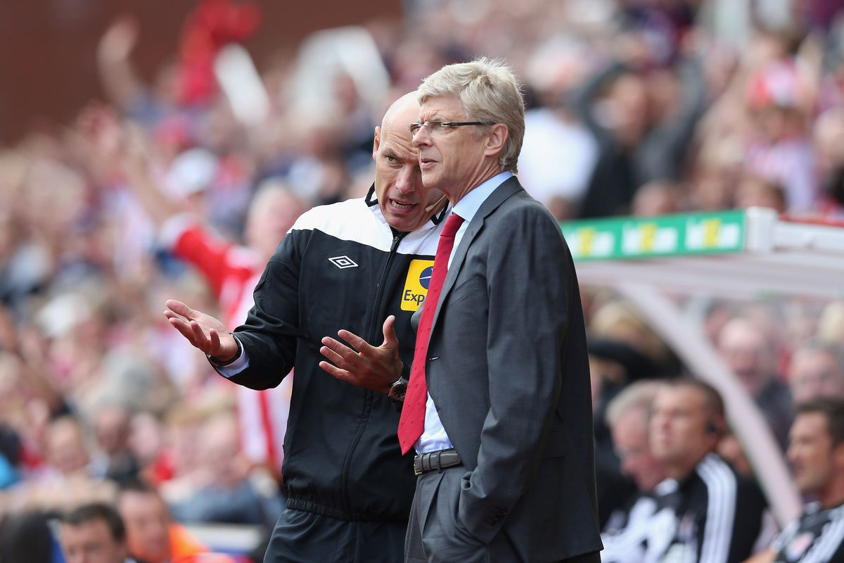 """""""if you ask me, Arsene, what Arsenal nee-""""...""""I didn't ask you, Howard"""""""