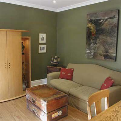 After House Staging: Family Room With Added Furniture