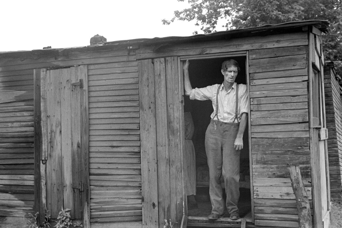 """Dweller in """"Hooverville"""", Circleville, Ohio, July 1938"""