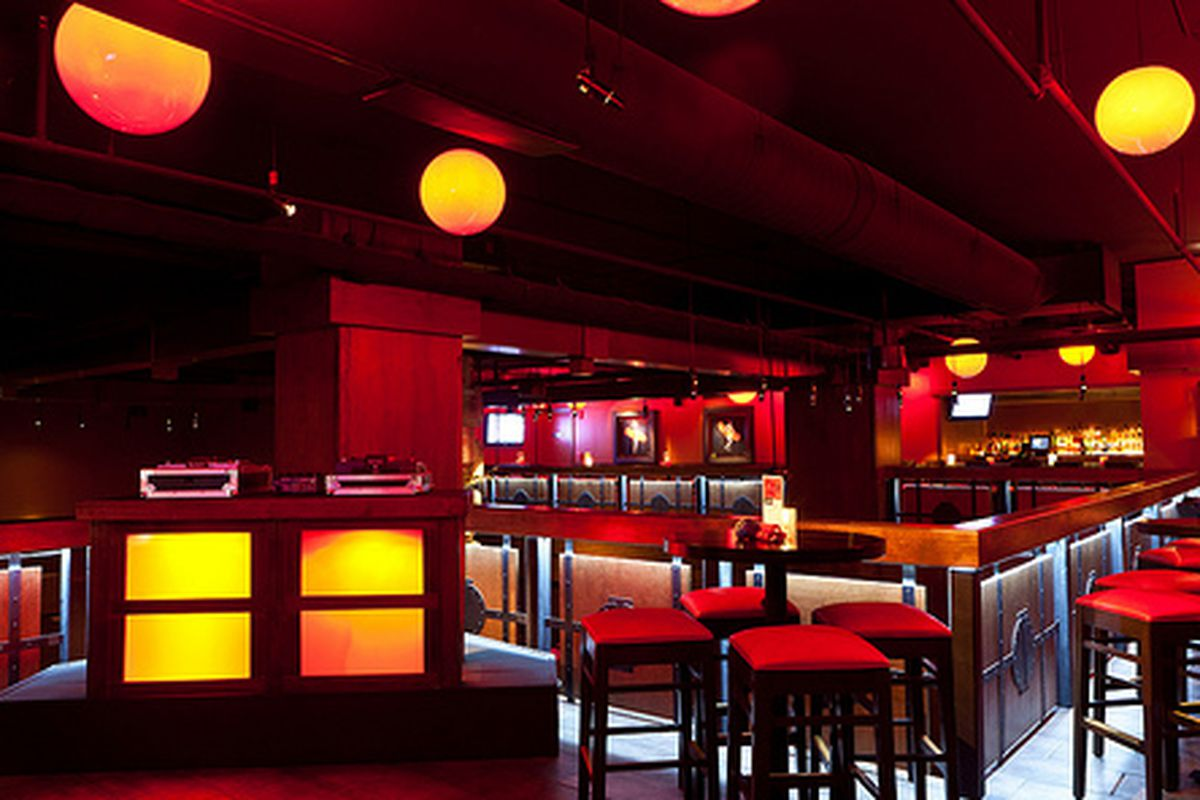Geisha Lounge. Photo by Frank Lazaro.