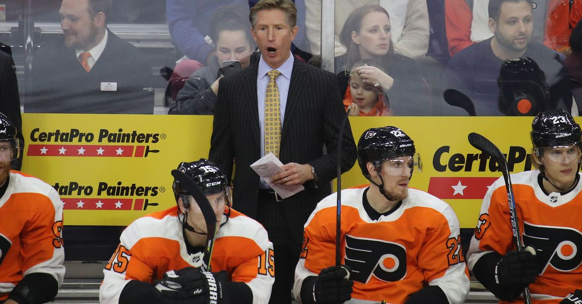 Dave Hakstol is the fifth longest tenured coach in the NHL 1c904a7b9