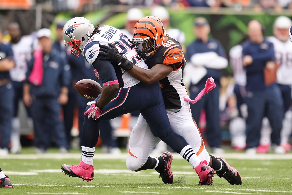 LeGarrette Blount can't hold on