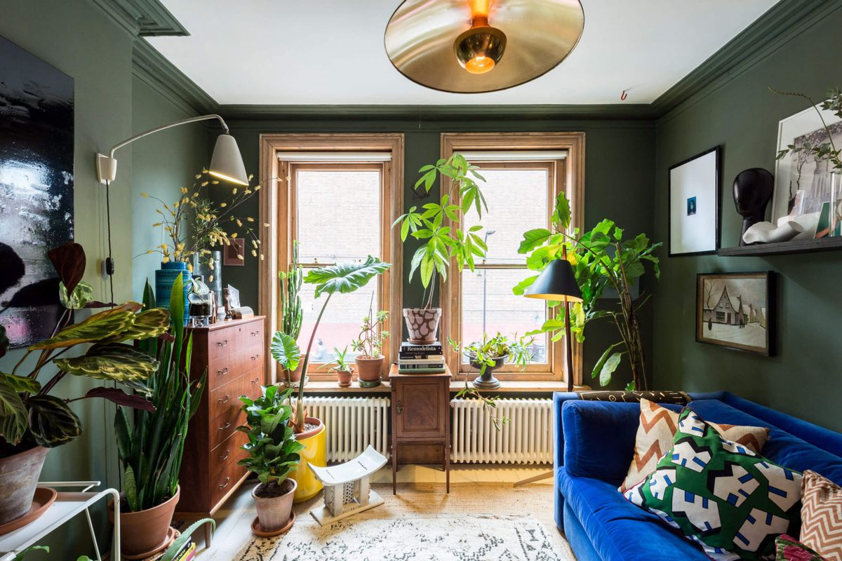 Dreamy jewel-toned London apartment could be yours for $785K - Curbed