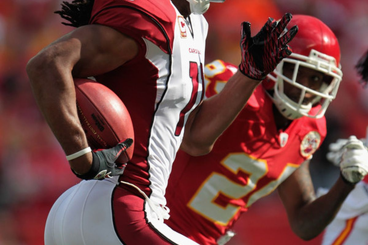 KANSAS CITY MO - NOVEMBER 21:  Larry Fitzgerald #11 of the Arizona Cardinals has seen a resurgence in fantasy football performance. (Photo by Jamie Squire/Getty Images)