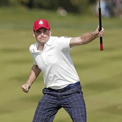 USA's Keegan Bradley reacts after making a birdie putt on the eighth hole during a four-ball match at the Ryder Cup PGA golf tournament Friday, Sept. 28, 2012, at the Medinah Country Club in Medinah, Ill. (AP Photo/Charlie Riedel)