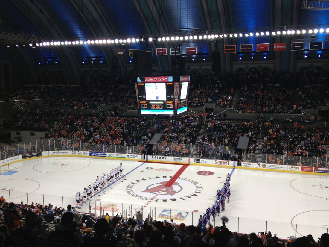Philadelphia Flyers Will Practice At Atlantic City S Boardwalk Hall
