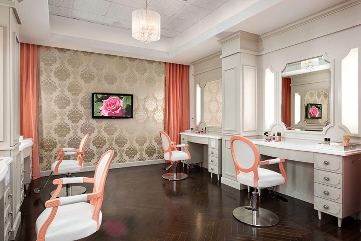 Blushington's West Hollywood beauty bar