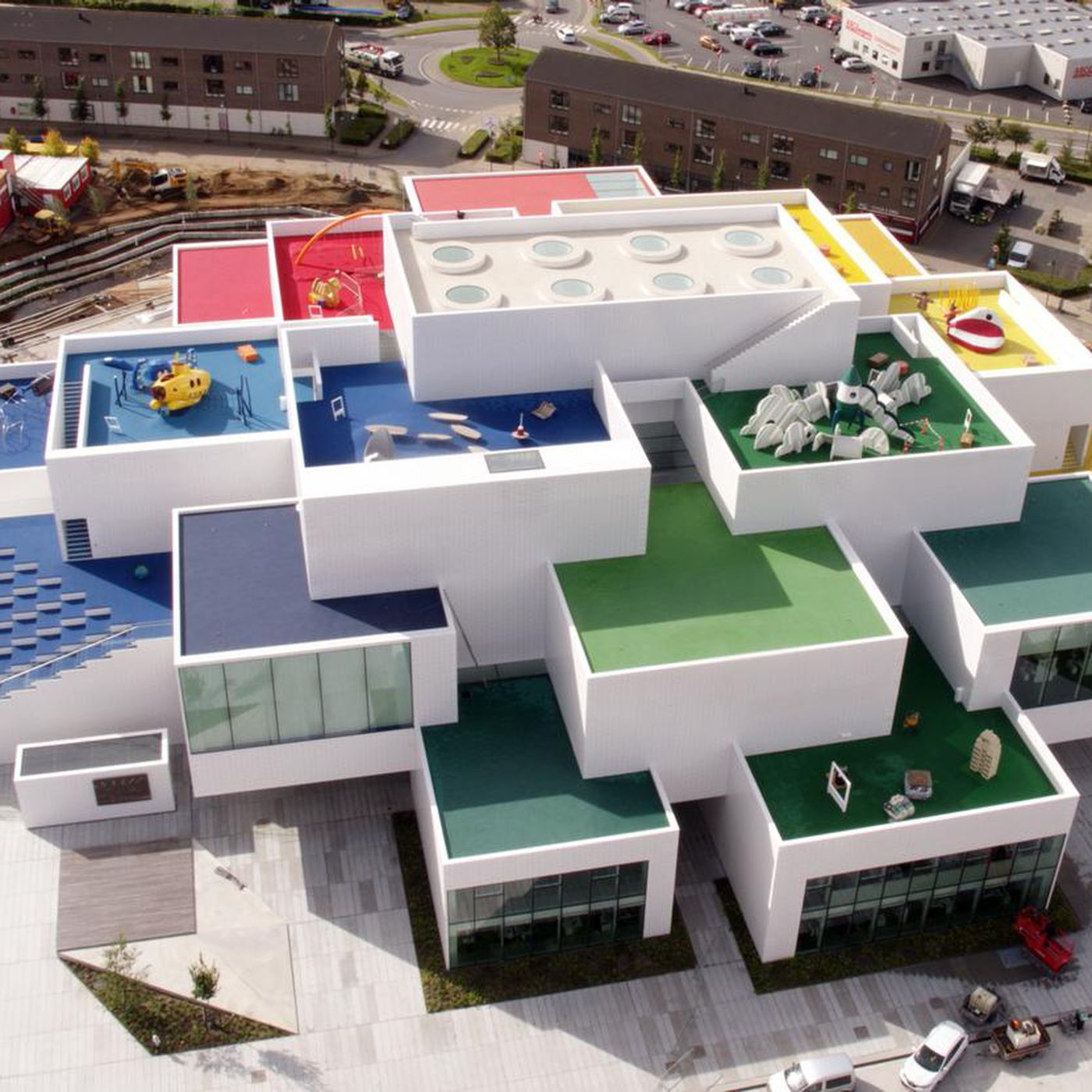 Lego House A Giant Playhouse Dubbed The Home Of Brick Is Now Open Verge