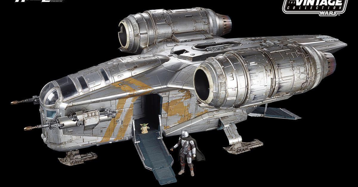 The Mandalorian's Razor Crest is shaping up to be one of the best Star Wars toys ever made