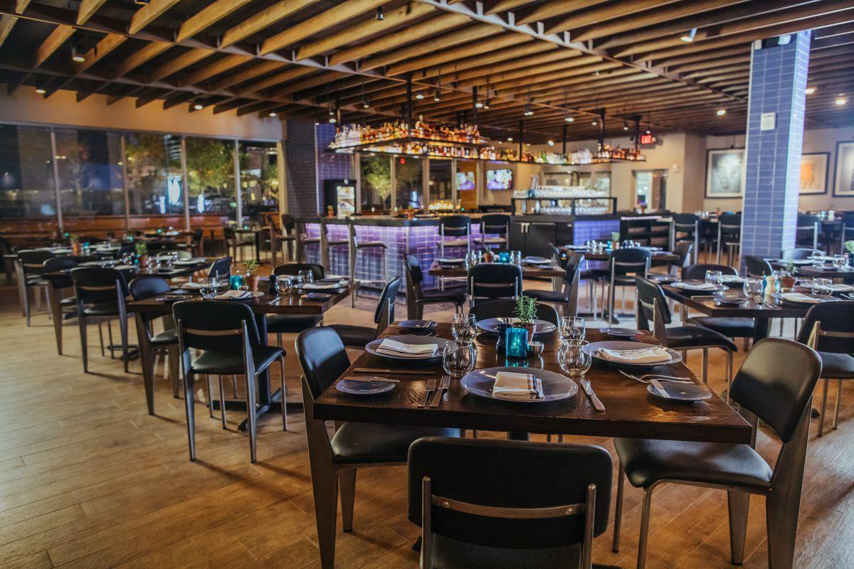 John Tesar S Knife Steakhouse Finally Opens In Plano Eater
