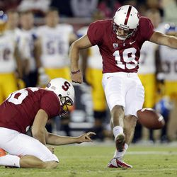Stanford's Jordan Williamson (19) kicks a 46-yard field goal against San Jose State during the first half of an NCAA college football game in Stanford, Calif., Friday, Aug.  31, 2012.