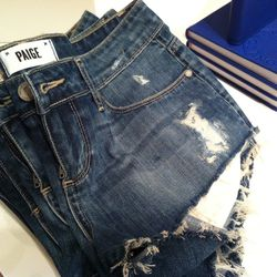 Close up on the cut-offs.
