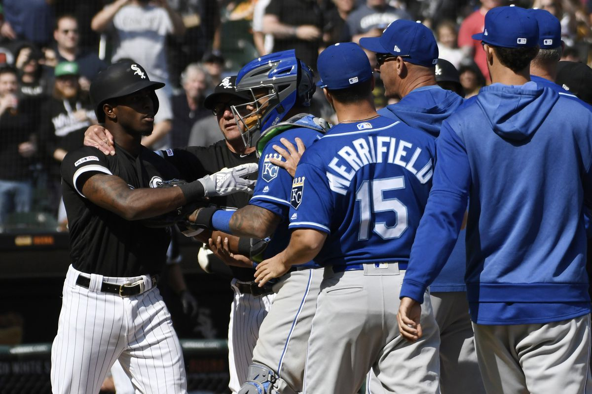 0d2583328e3 MLB trade rumors and news  Tim Anderson s bat flip leads to brawl between White  Sox
