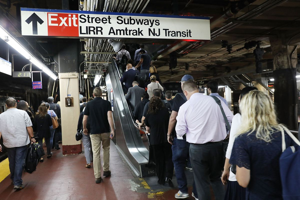 Two trains disabled before entering Penn Station due to power problems
