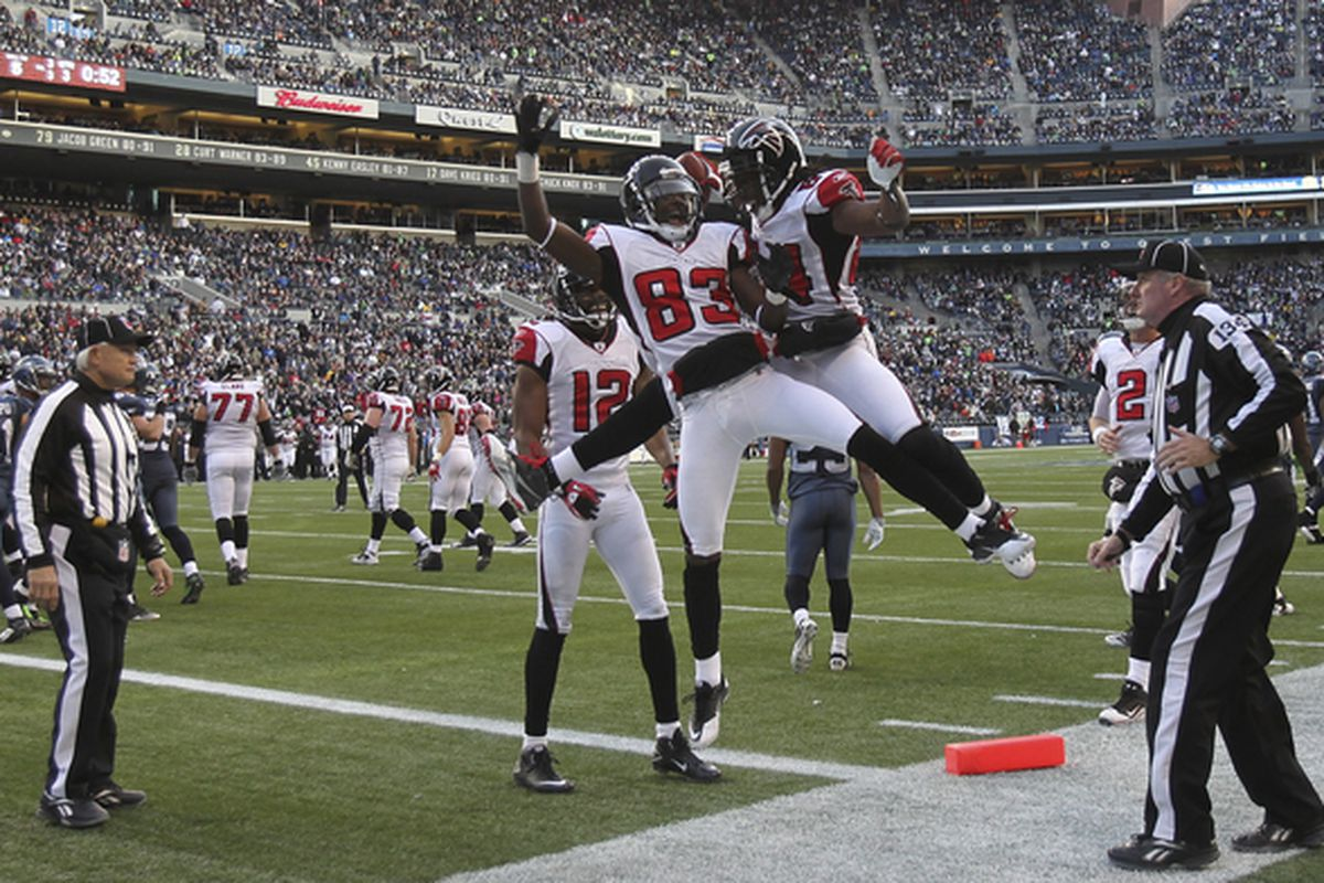 FALCONS FLY HIGH. (Photo by Otto Greule Jr/Getty Images)