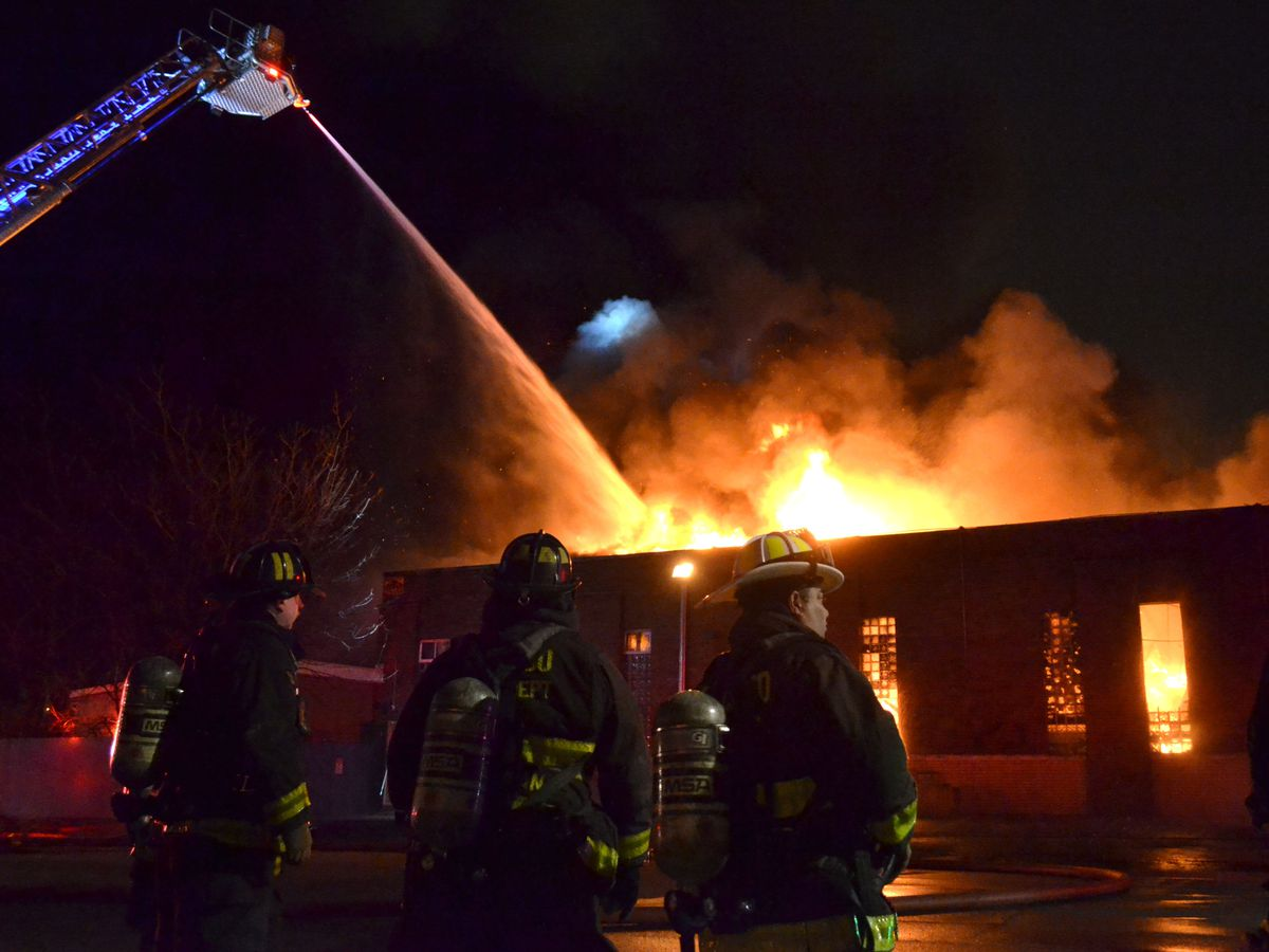 Firefighters battle an extra alarm fire about 4 a.m. Sunday, December 22, 2018 in the 7400 block of South Oakley Avenue in Chicago. | Justin Jackson/ Sun-Times
