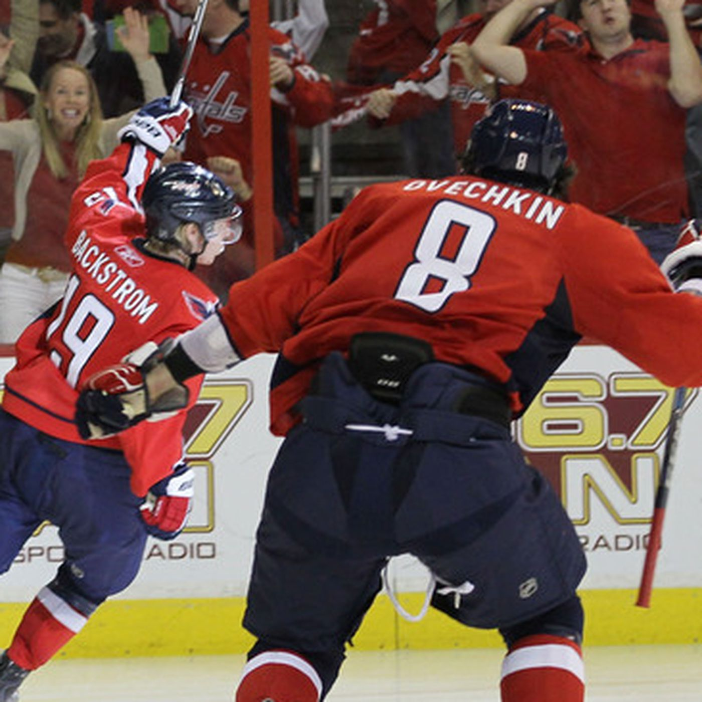 Thursday Claps Clips Backstrom Bags A Trey Japers Rink