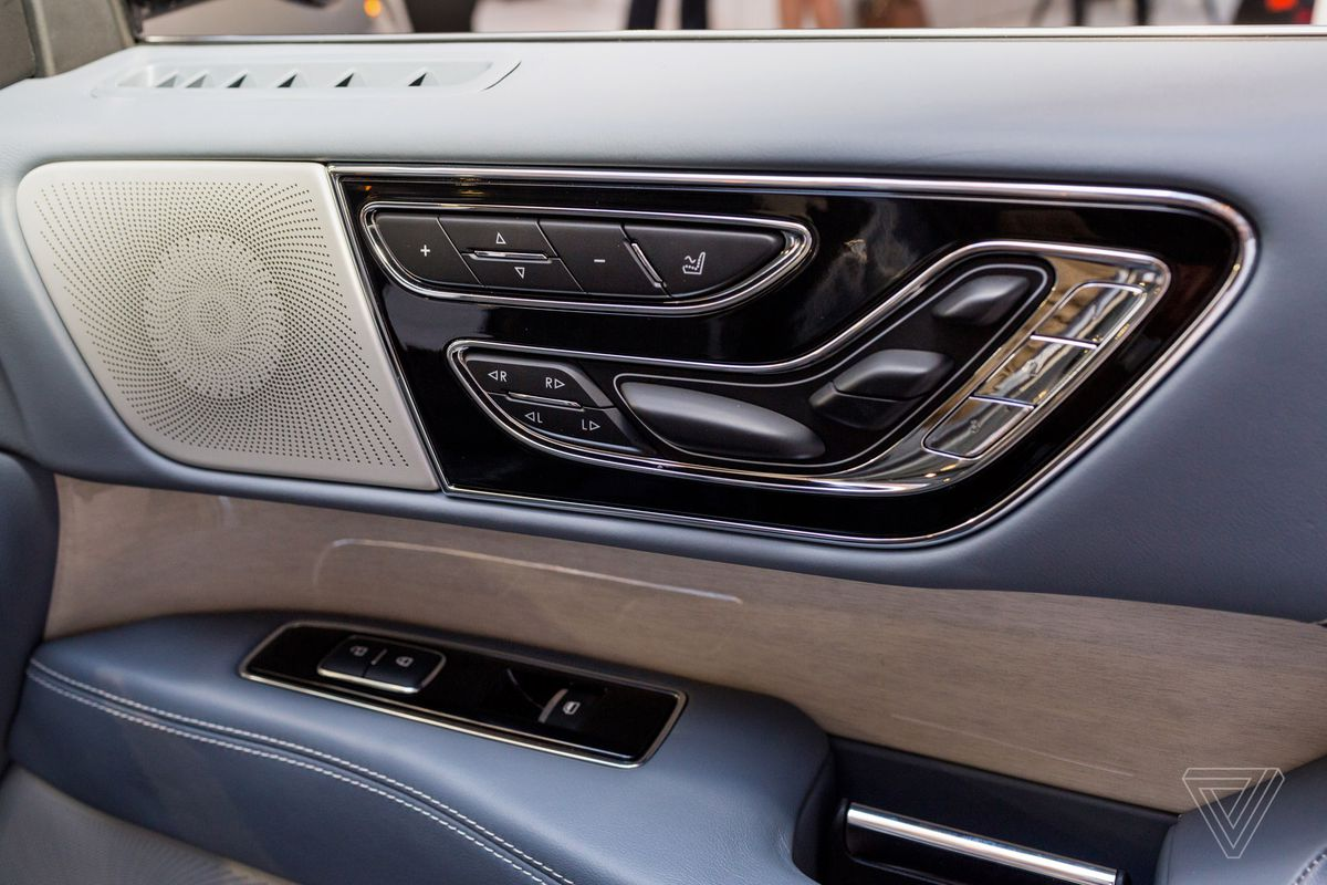 The New Lincoln Navigator Is Elegant Luxury In A Gigantic