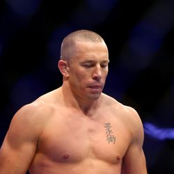 Georges St-Pierre enters the Octagon for the first time since 2013 in order to challenge Michael Bisping for the UFC middleweight title.