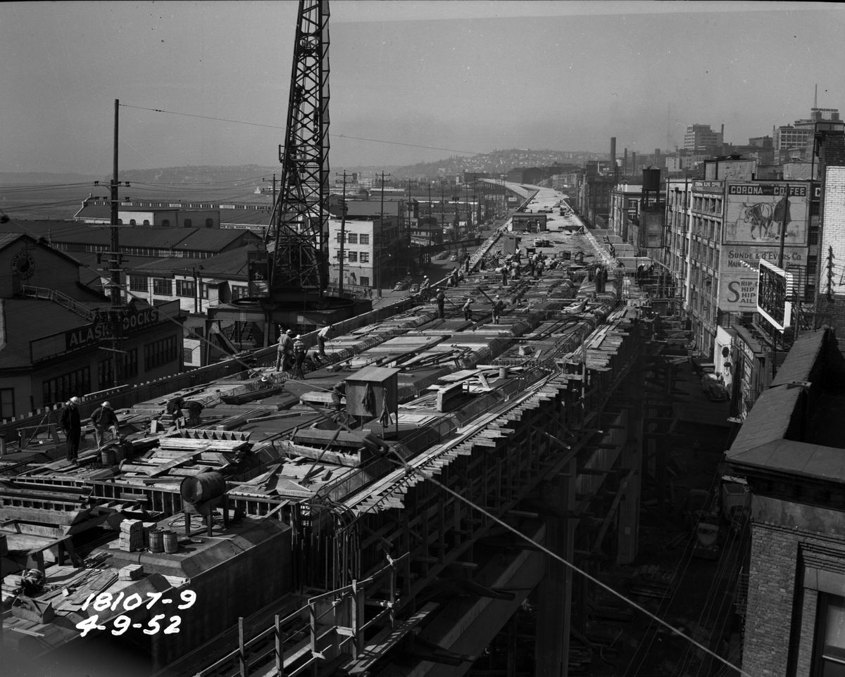 A viaduct in Seattle. This is a historic black and white photograph.