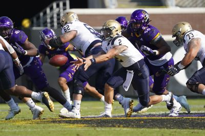 NCAA Football: Navy at East Carolina