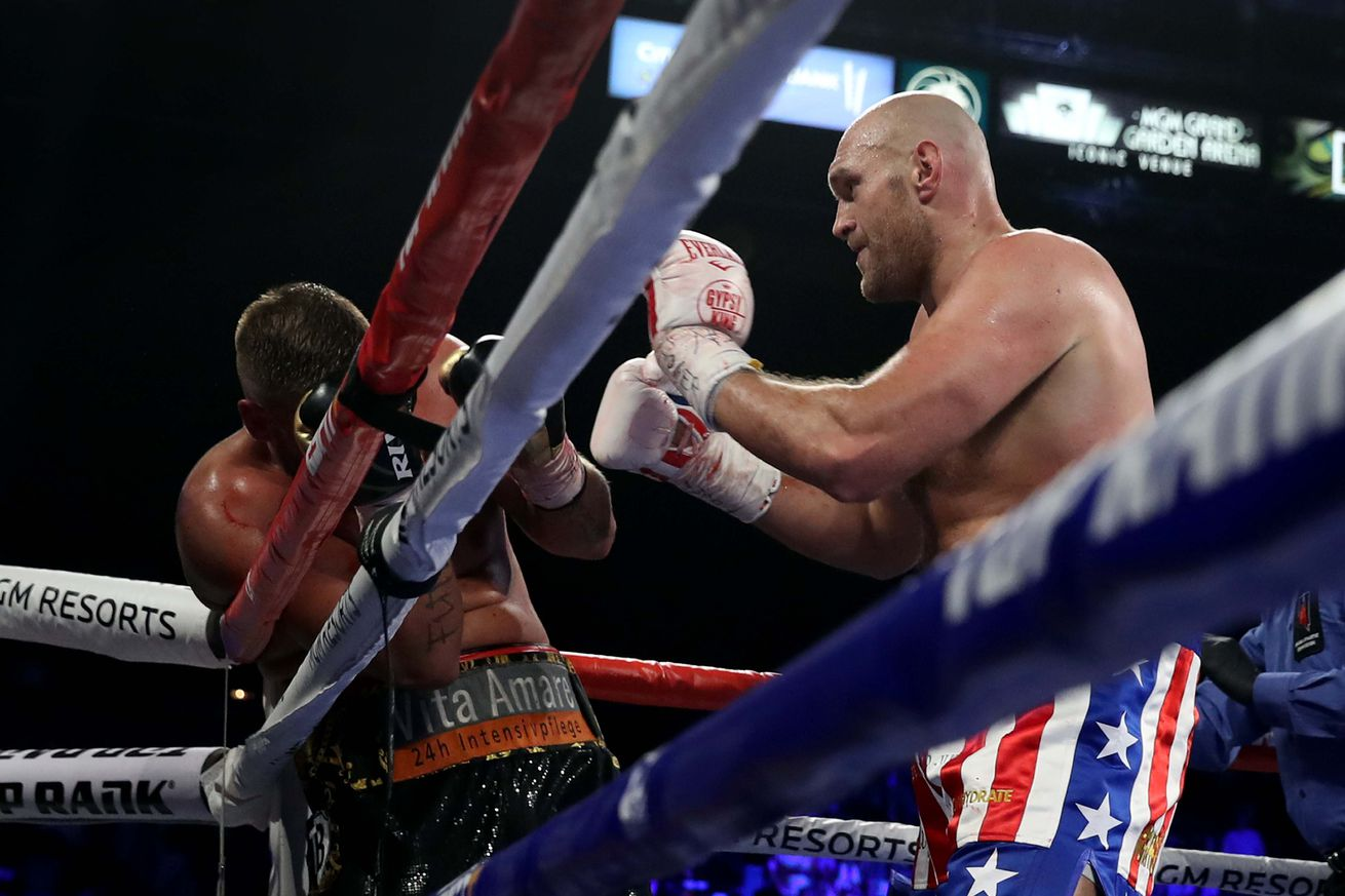 1156205624.jpg.0 - Results Roundup: Fury returns, Warrington retains, WBSS gets crazy, more