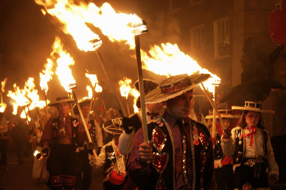 400th Anniversary Of Foiling Of Gunpowder Plot Is Celebrated On England's South Coast