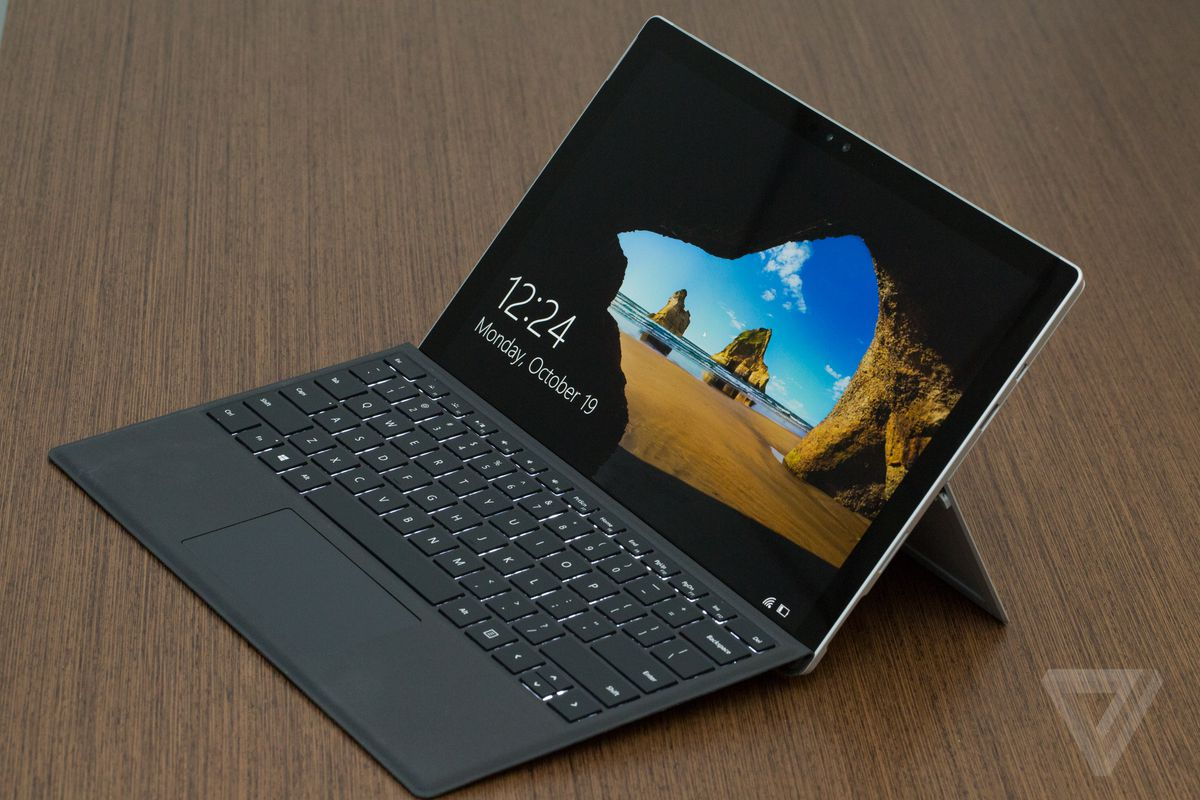 Microsoft to replace Surface Pro 4 tablets affected by screen