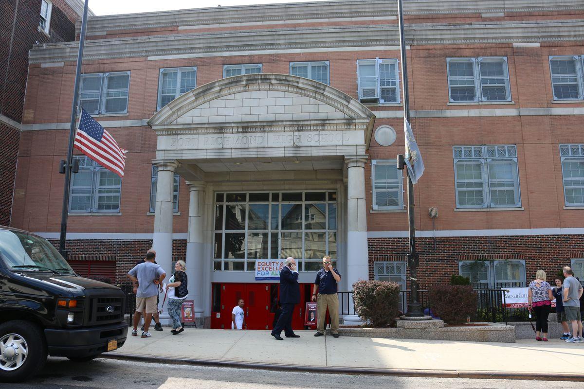 "Mayor Bill de Blasio and schools Chancellor Carmen Fariña touted the ""community schools"" model at Port Richmond Community High School on Staten Island on the first day of the 2016-17 school year."