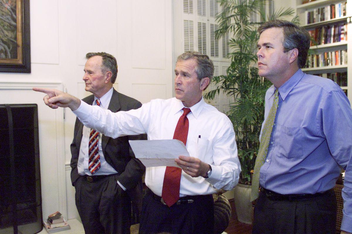 George HW Bush, George W Bush, and Jeb Bush watch the Election 2000 returns.