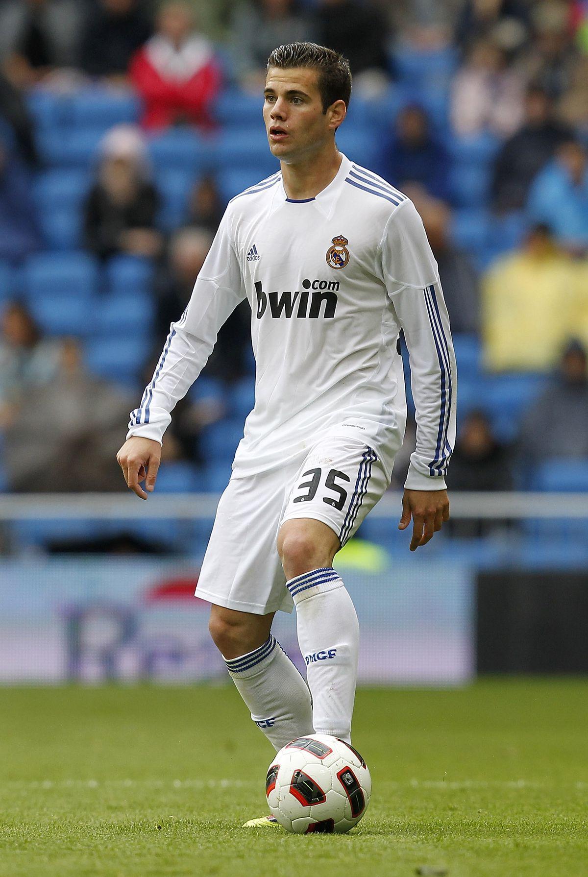 Real Madrid v Real Zaragoza - La Liga