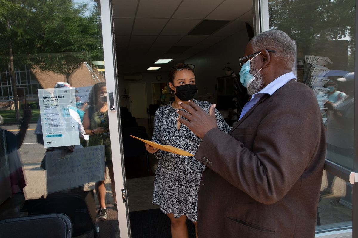 Walter Dogan, President of the Brinkerhoff Action Association, delivers a petition against a waste transfer station to Councilmember Daneek Miller's district office, July 27, 2021.