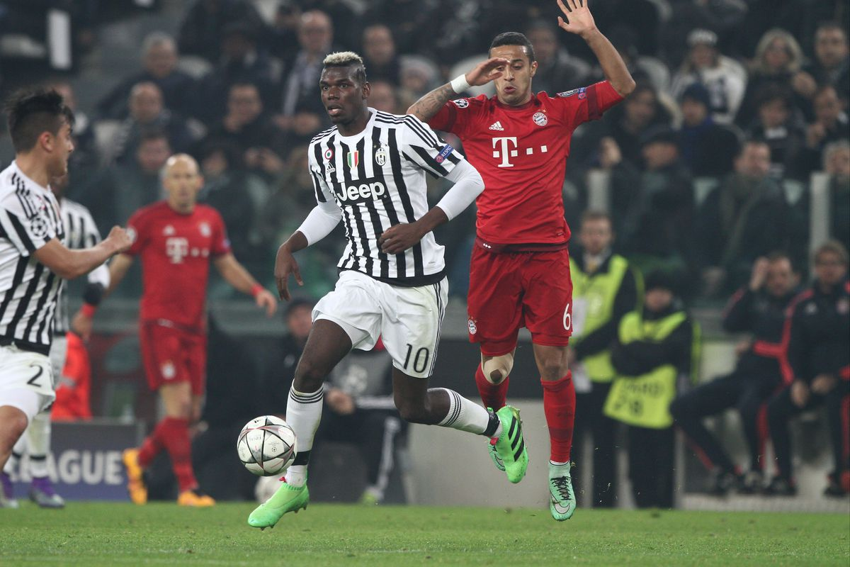 Juventus v FC Bayern Muenchen - UEFA Champions League Round