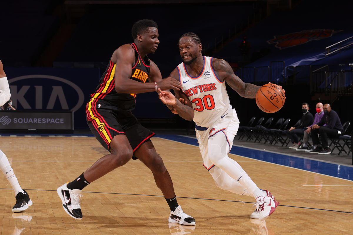 Atlanta Hawks unable to contain Julius Randle in loss to Knicks - Peachtree  Hoops