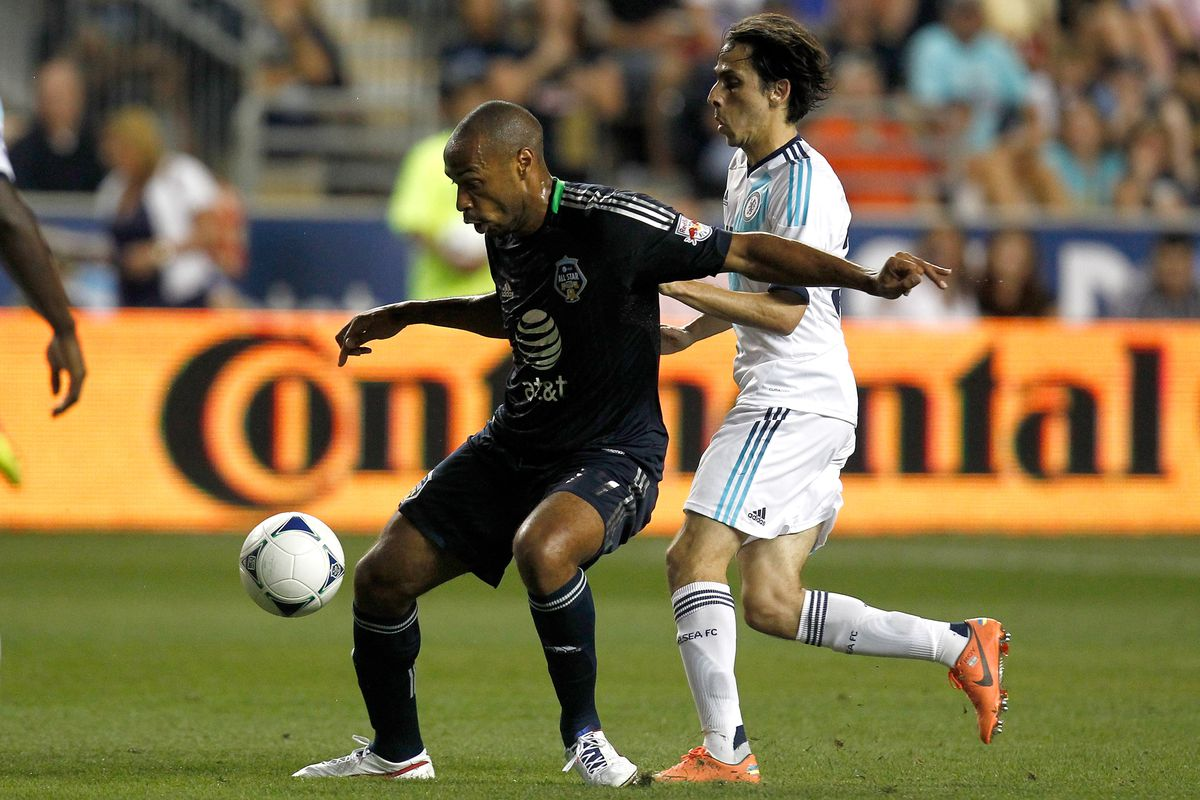 Benayoun goes up against Henry in the All Star Game