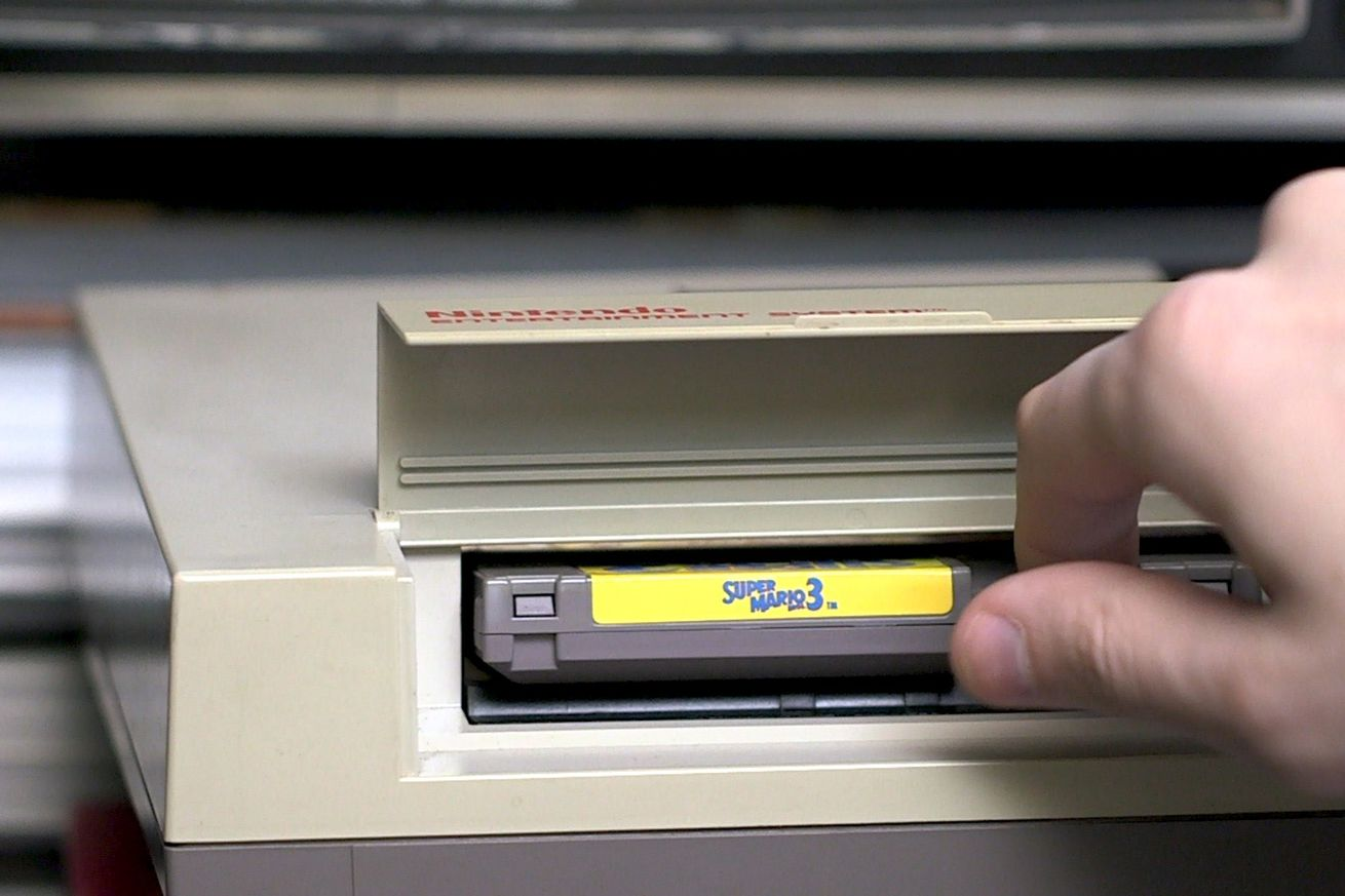 should you blow into your video game cartridges