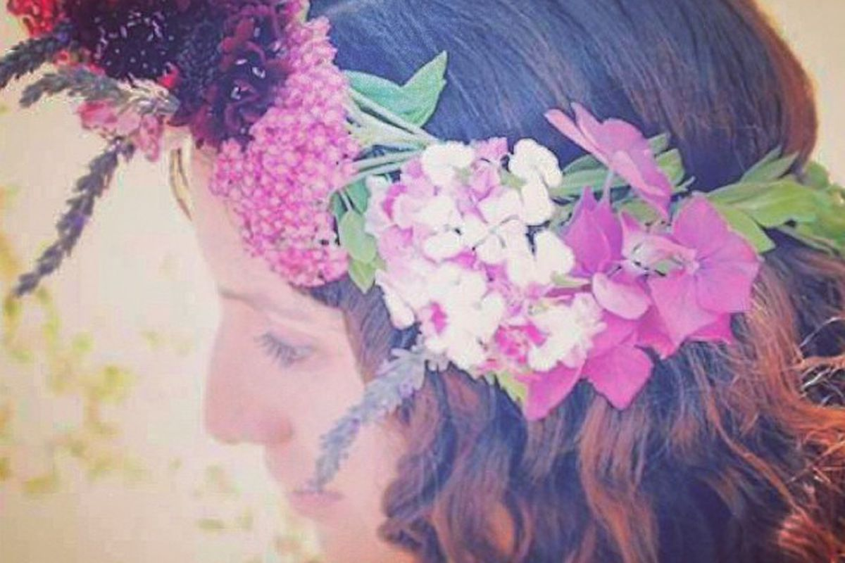 "Photo via Home Sweet Flowers/<a href=""http://instagram.com/homesweetflowers"">Instagram</a>"