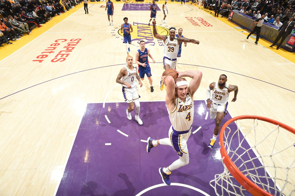 Alex Caruso S Latest Dunk Was An Astounding Group Effort By The
