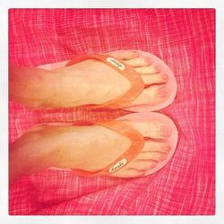 "<a href=""http://instagram.com/p/ZlRCj7CEw_/"">@warm_ny</a>: Live Aloha, wear Locals-flips from Hawaii-tons of colors @ #warmny #wegrewupwearingthese #localsusa #radness"