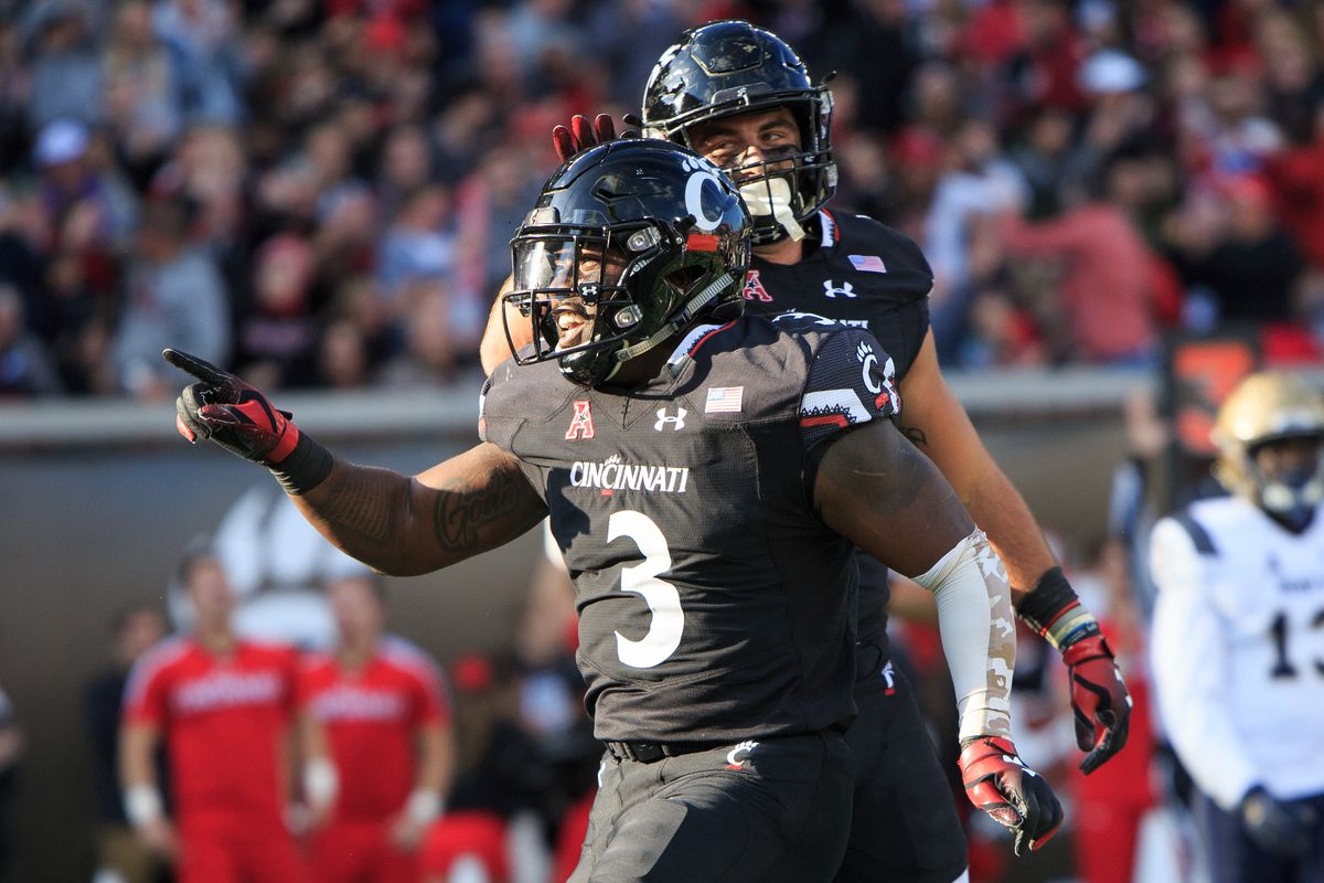 purchase cheap 107bc 454d3 12 Up, 12 Down: Cincinnati Bearcats - The Daily Stampede