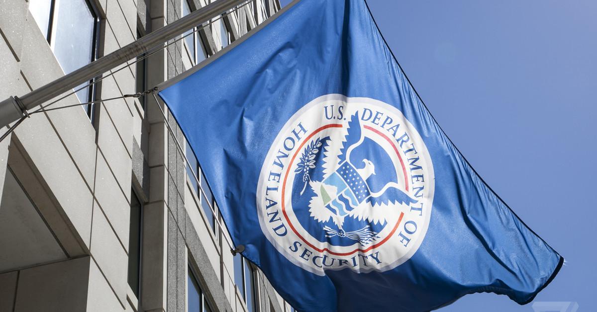 QnA VBage Amid shutdown, agencies scramble to secure federal websites