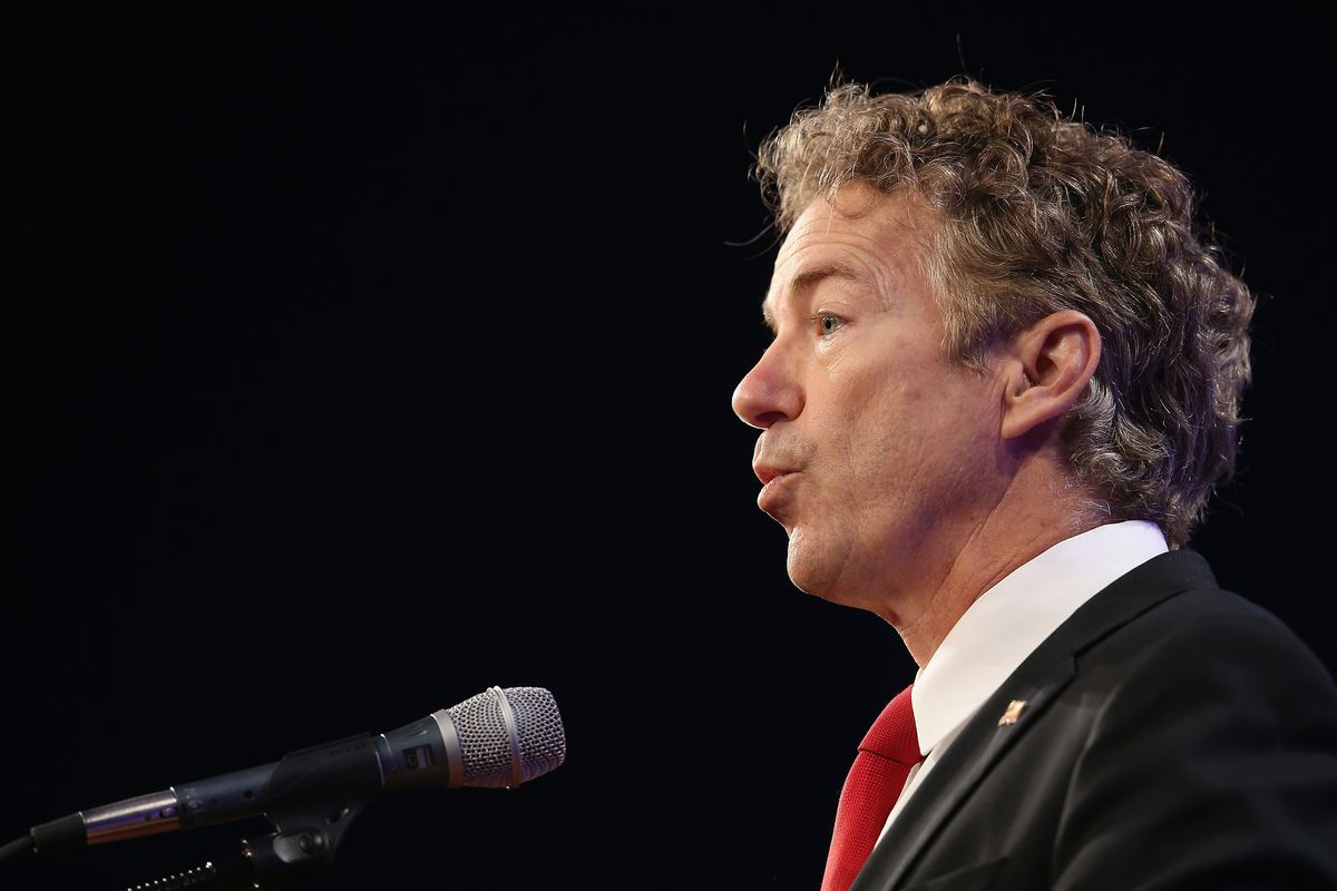 Senator Rand Paul (R-KY) speaks to guests gathered for the Republican Party of Iowa's Lincoln Dinner at the Iowa Events Center on May 16, 2015 in Des Moines, Iowa.