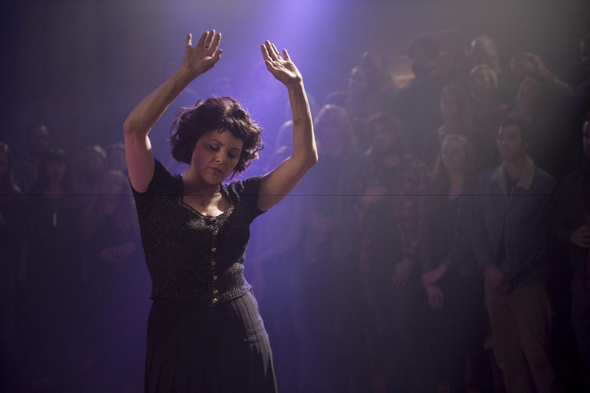 Sherilynn Fenn in Twin Peaks: The Return